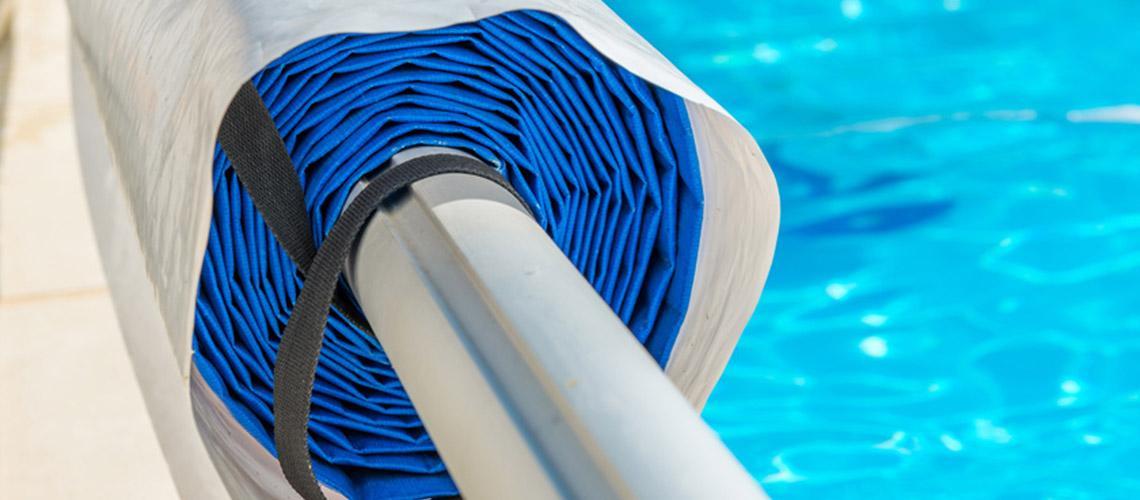 gamme produit pour s curiser votre piscine b che abri. Black Bedroom Furniture Sets. Home Design Ideas