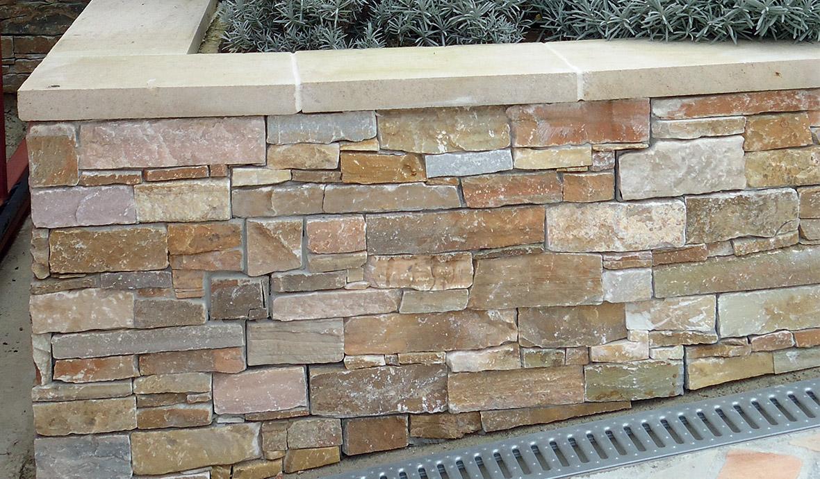 Habiller Un Pilier En Beton poser des plaquettes de parement extérieur : mur en parement